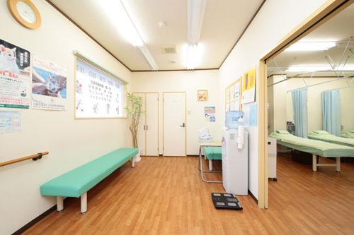 整骨院の待合室の写真